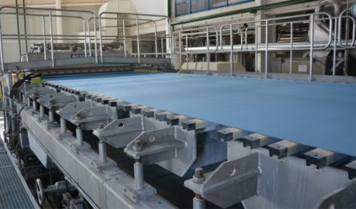 Wire table and dewatering elements